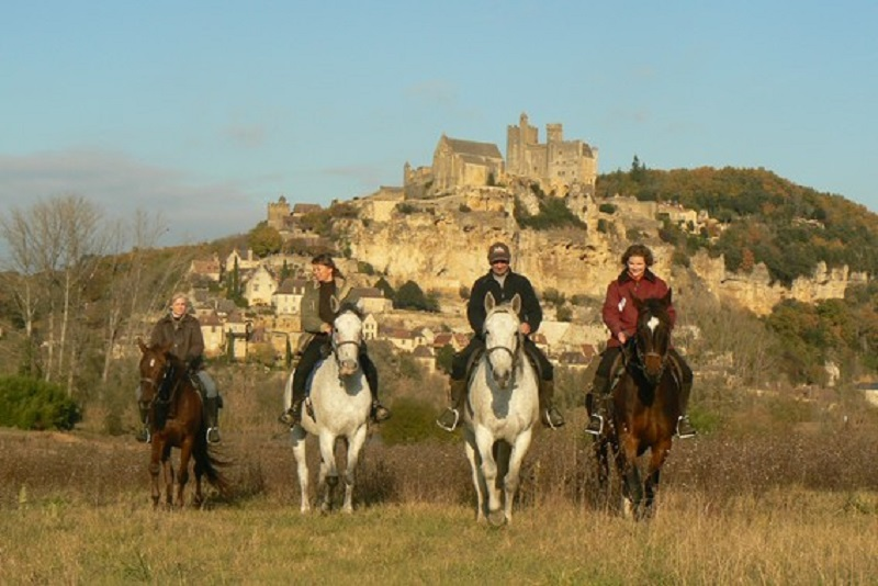 Horse riding Dordogne